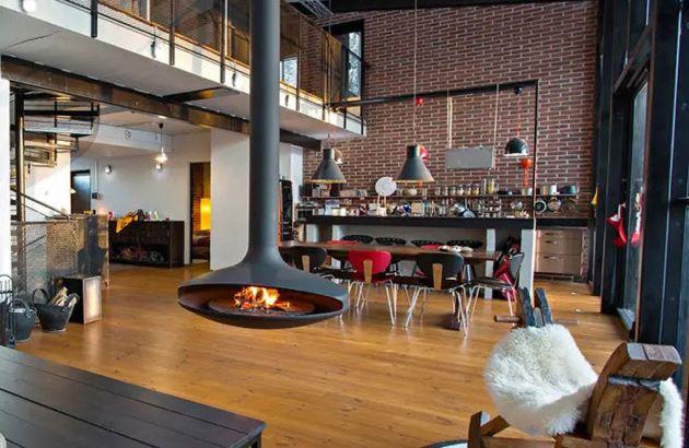 cheminée design centrale, au foyer pivotant Gyrofocus